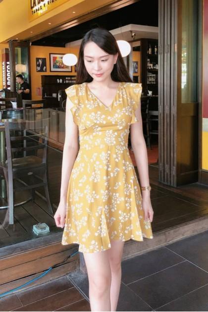 Chixxie Stella Dress in Yellow