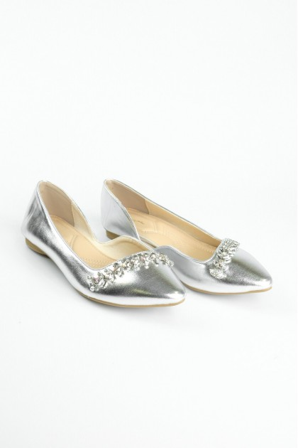 Chixxie Bedazzled Pointed Toe Flats in Metallic Silver