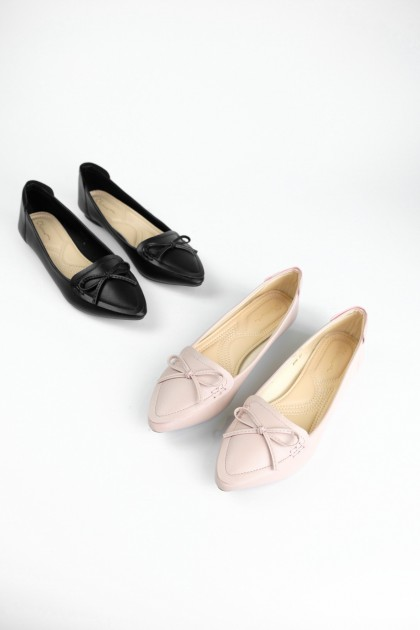 Chixxie Ribbon Tie Pointed Toe Flats in Pink
