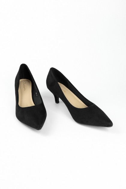 Chixxie Suede Pointed Toe Pumps in Black